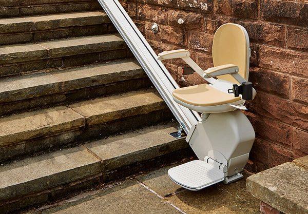 Acorn Outdoor Chairlift